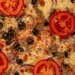 Pizza Family Tonno e cipolla Sibiu