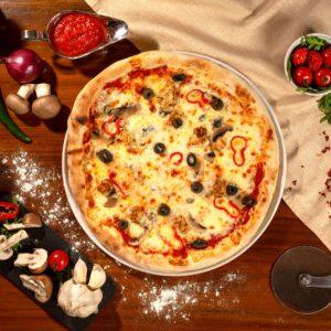 Pizza Pollo e funghi Sibiu