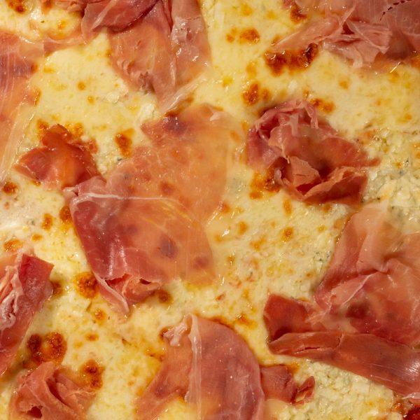 Pizza Family Crudo e gorgonzola Sibiu
