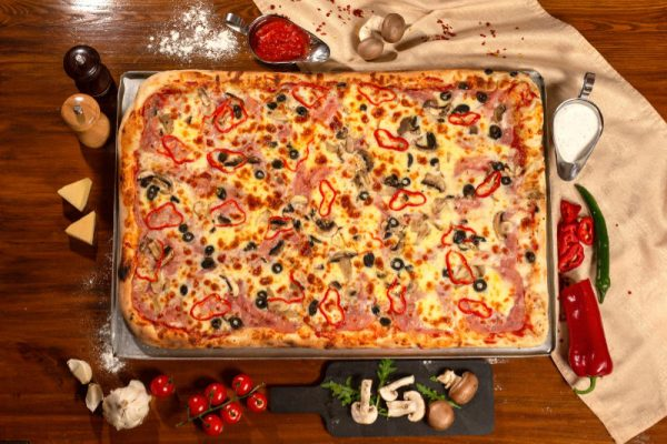 Pizza Family Capriciosa Sibiu