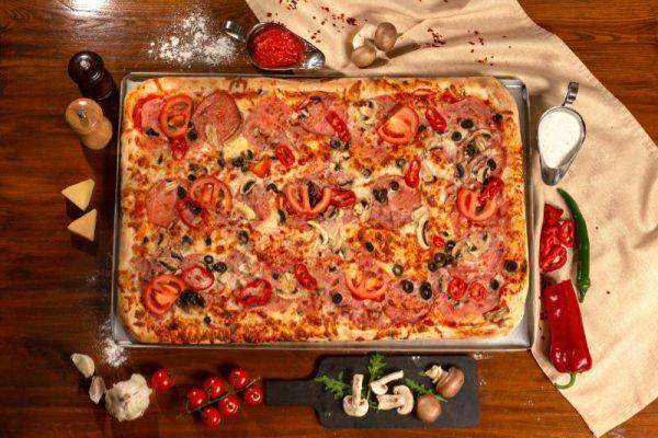 Pizza Family Casa Romana Sibiu